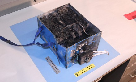 Boeing 787 Dreamliner burnt battery